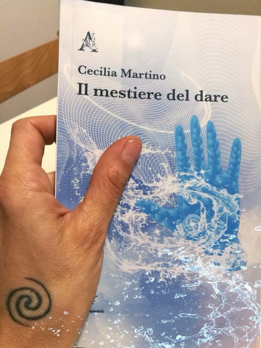 Il mestiere del dare di Cecilia Martino.